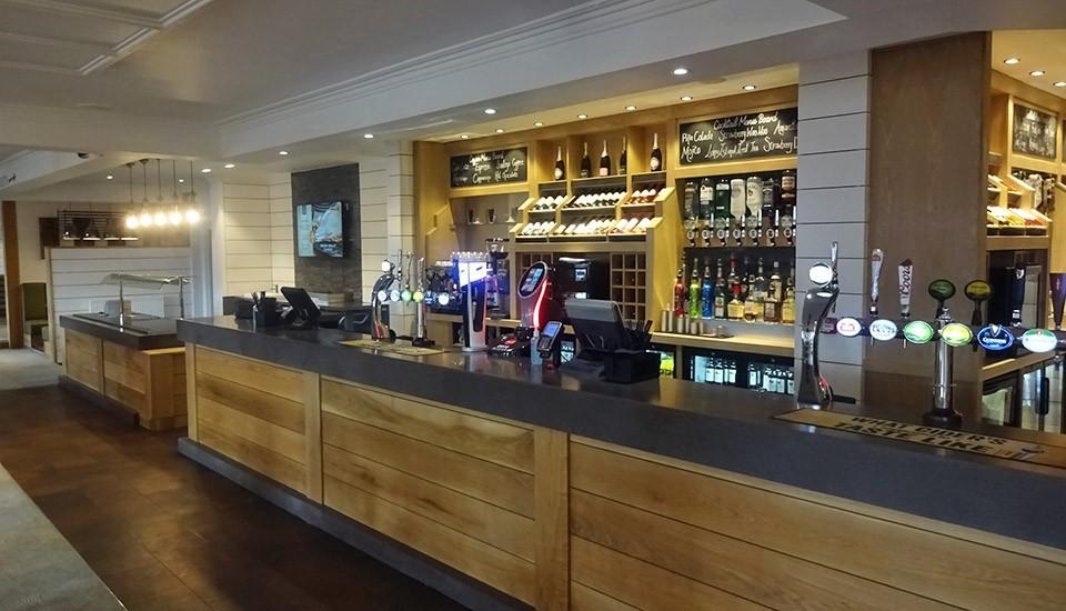 Beachcomber inn bar at Minehead Butlins