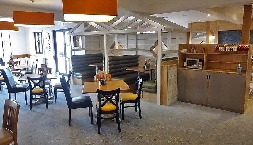 Beachcomber inn interior at Minehead Butlins