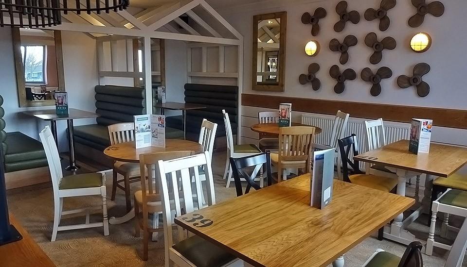 Beachcomber inn tables at Minehead Butlins